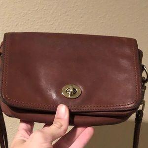 Coach Bags - Leather Coach shoulder purse